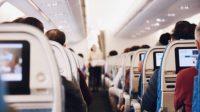 Ilustrasi penumpang pesawat. (Pixabay/StockSnap)