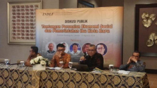 Diskusi bertajuk 'Persoalan Ekonomi Sosial dan Pemerintahan Ibu Kota Baru' di ITS Tower, Pasar Minggu, Jakarta Selatan pada Jumat (23/8/2019). [Suara.com/Ria Rizki]