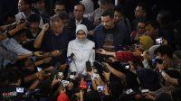 Plt Direktur Utama Perusahaan Listrik Negara (PLN) Sripeni Inten Cahyani menyampaikan keterangan kepada wartawan usai bertemu dengan pimpinan Komisi VII DPR di Kompleks Parlemen Senayan, Jakarta. (Ist)