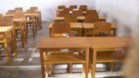 Ilustrasi meja dan kursi sekolah. (Ist)