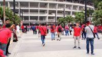 Suporter timnas Indonesia mulai memadati SUGBK jelang pertandingan melawan Malaysia, Kamis (5/9/2019). (Adie Prasetyo Nugraha/suara.com).