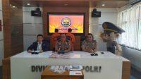 Direktorat Tindak Pidana Siber Bareskrim Polri berhasil menangkap dua orang mahasiswa berinisial YA (24) dan RF (23), yang membobol salah satu bank BUMN di Palembang, Sumatera Selatan. [Suara.com/Stephanus Aranditio]