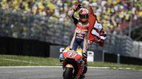 Pebalap Pebalap Repsol Honda, Marc Marquez merayakan meraih finis kedua di MotoGP Italia 2019 di Mugello. [AFP/Filippo Monteforte]