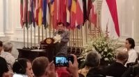 Wakil Presiden Jusuf Kalla menyampaikan pidato terakhirnya di kantor Kementerian Luar Negeri, Jumat (18/10/2019). [Suara.com/Ria Rizki Nirmala Sari]