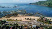 Proyek pengembangan pesisir Mandalika yang diusulkan menjadi lokasi balapan MotoGP di Mandalika, Lombok, Sabtu (23/3).[ARSYAD ALI/AFP]