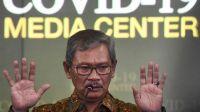Juru bicara pemerintah untuk penanganan virus Corona Achmad Yurianto memberikan keterangan pers di Gedung Bina Graha, Kompleks Istana Kepresidenan, Jakarta, Kamis (5/3). [ANTARA FOTO/Hafidz Mubarak