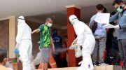 Pekerja Migran Indonesia menjalani penyemprotan disinfektan. (Ist)