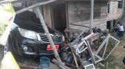 Kondisi di TKP mobil dinas yang tabrak Motor gerobak bakso bakar. Foto: Uda/Jambiseru.com