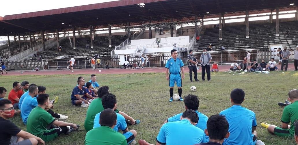 Al Haris Main Bola di Stadion Tri Lomba Juang Jambi. Foto: Yogi/Jambiseru.com