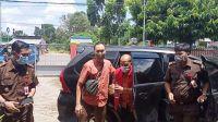 Mantan Staf Ahli DPR RI Akhirnya Ditahan Kejari Tebo. Foto: Rian/Jambiseru.com