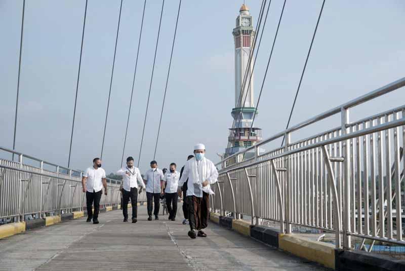 Al Haris Kunjungi Menara Gentala Arasy