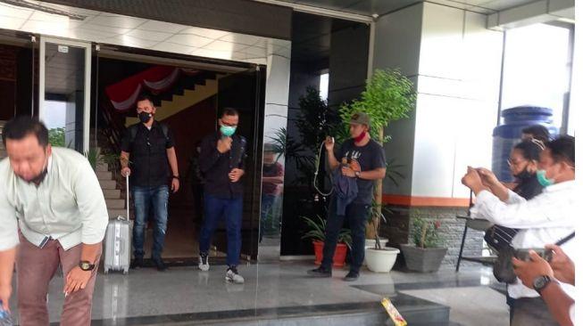 Mendadak KPK Geledah Gedung DPRD