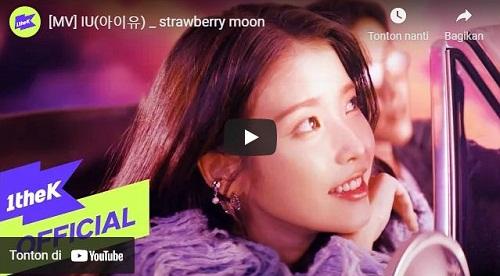 lirik lagu Strawberry Moon